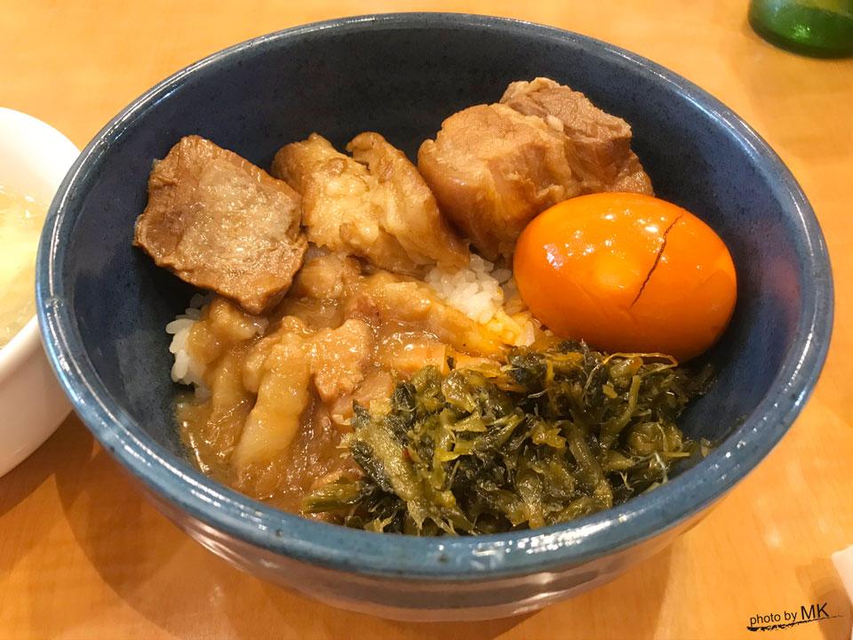 「台湾家庭料理 口福館」の魯肉飯(台湾風肉丼)